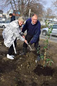 Mayor Lianne Dalziel & CHS President Alan Jolliffe